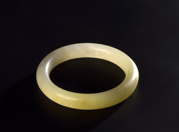 A PALE JADE BANGLE