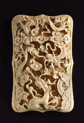 A CANTONESE CARVED IVORY CARD CASE