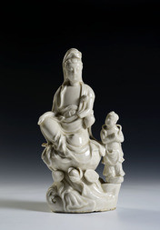 A DEHUA FIGURE OF GUANYIN WITH AN ACOLYTE