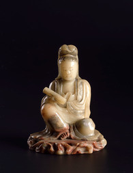 A SOAPSTONE SEATED FIGURE OF GUANYIN