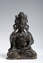 A BRONZE SEATED FIGURE OF GUANYIN