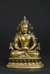 A FINE GILT-BRONZE FIGURE OF AMITAYUS