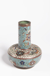 A SMALL CLOISONNÉ ENAMEL MALLET-SHAPED VASE