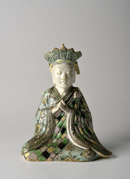A FAMILLE VERTE BISCUIT GUANYIN FIGURE