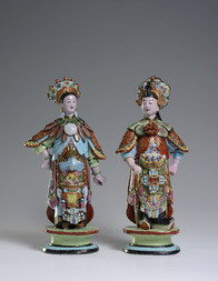 A PAIR OF EARTHENWARE FIGURES OF CHINESE THEATRE DANCERS